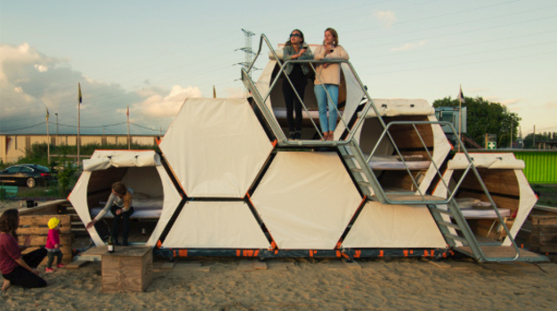 B-AND-BEE: Honeycomb Campsites For Festivals